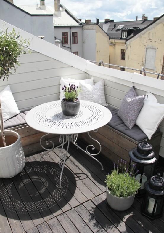 Awesome Scandinavian Balcony Designs