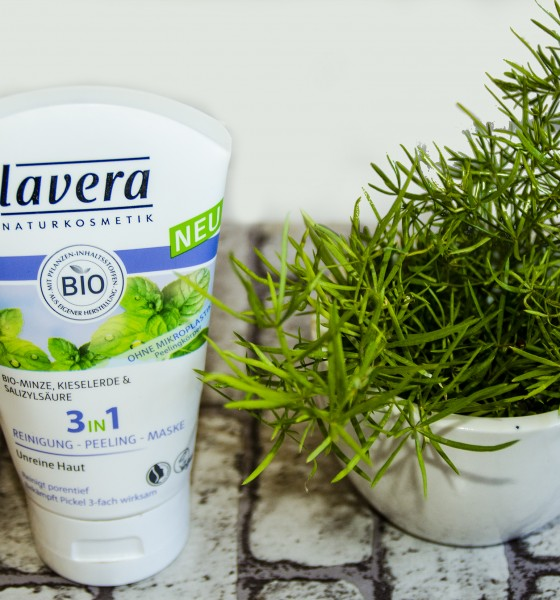Lavera 3 in 1Cleansing Peeling Mask: The Review
