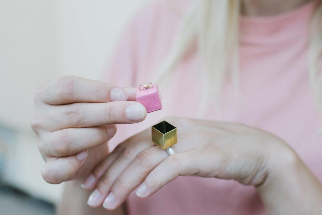 Neza Zehelj jewelry